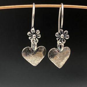Sweet sterling silver 💕 earrings!